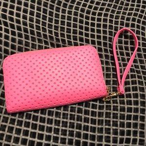 New! Pink checkbook wallet wristlet 👛👛